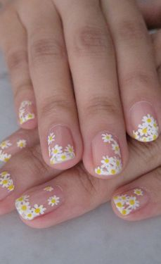 Electric Daisies Floral Nail Art