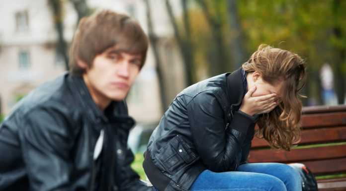 Signs he does not love you anymore