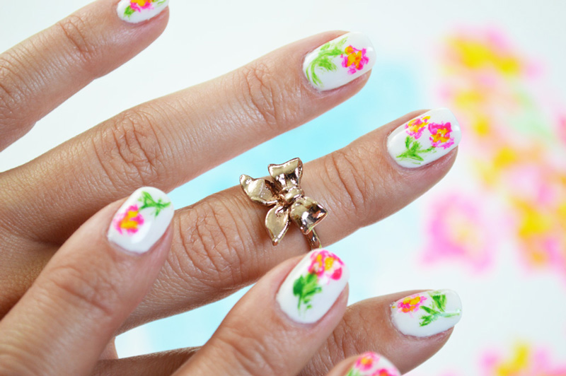 20 Best Floral Nail Art Designs to Try This Spring - The Fashion Junkies